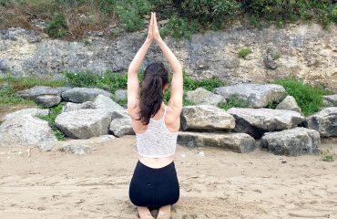 Marie Shanti Yoga à la plage, pratique yoga