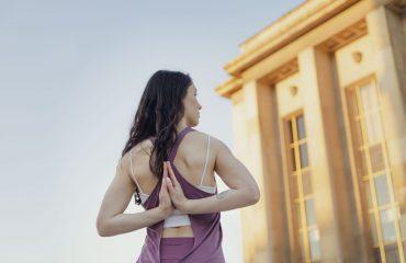 Marie-Shanti-Yoga-surconsommer-yoga